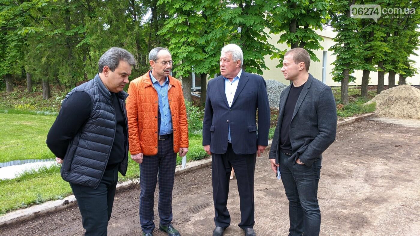 Бахмут с рабочей поездкой посетил глава ДонОГА Павел Кириленко, фото-11