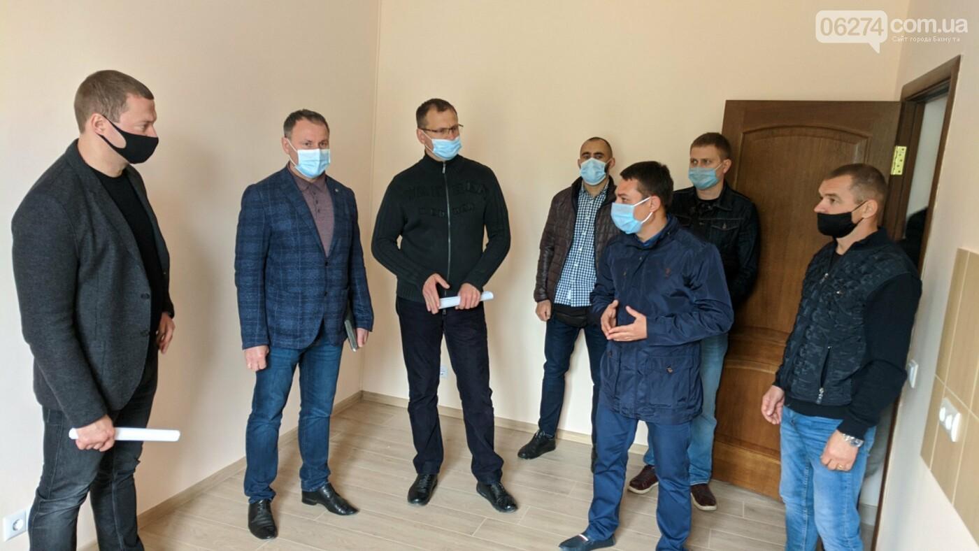 Бахмут с рабочей поездкой посетил глава ДонОГА Павел Кириленко, фото-22
