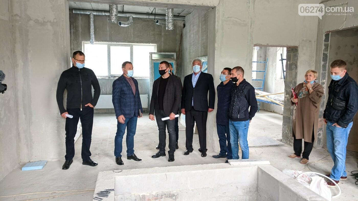 Бахмут с рабочей поездкой посетил глава ДонОГА Павел Кириленко, фото-21