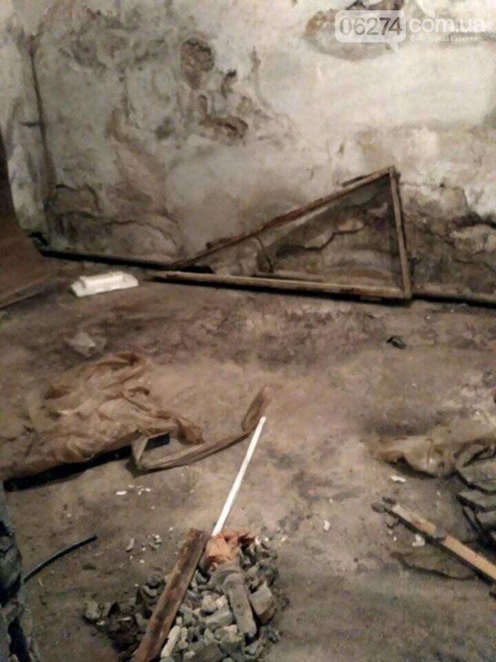 Ведутся работы по реконструкции корпуса №2 больницы Бахмута, фото-11