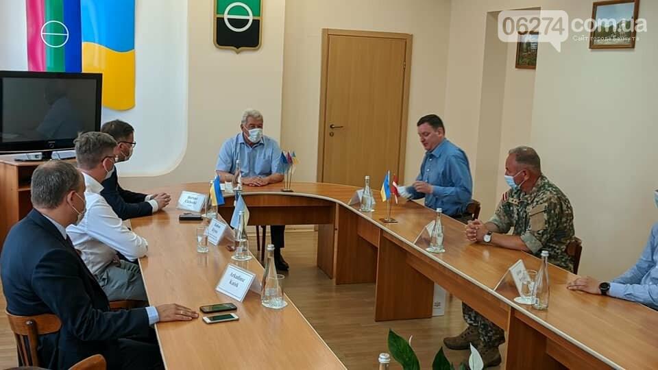 Бахмут с визитом посетили послы стран Евросоюза, фото-2