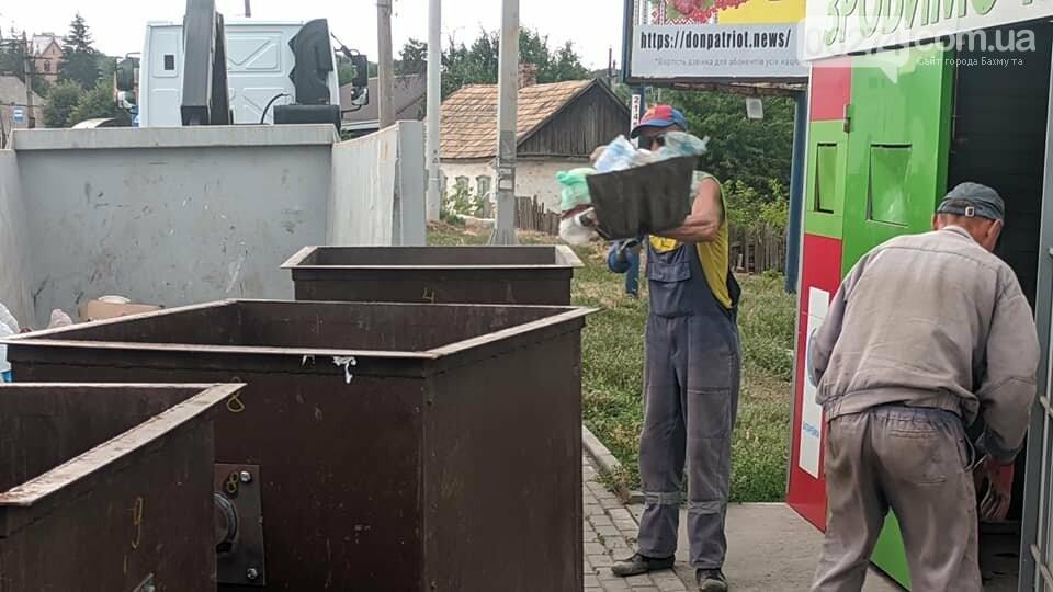 В Бахмуте привели в порядок пункт раздельного сбора мусора, фото-5