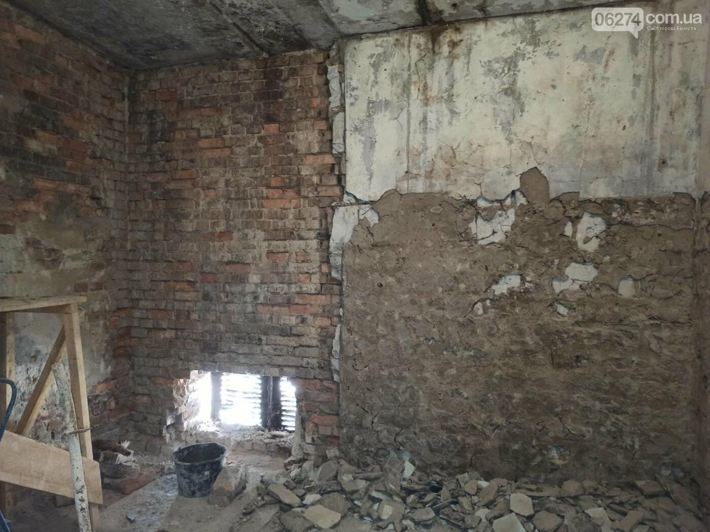 В Бахмуте начали ремонт в патологоанатомическом отделении (ФОТОФАКТ), фото-8