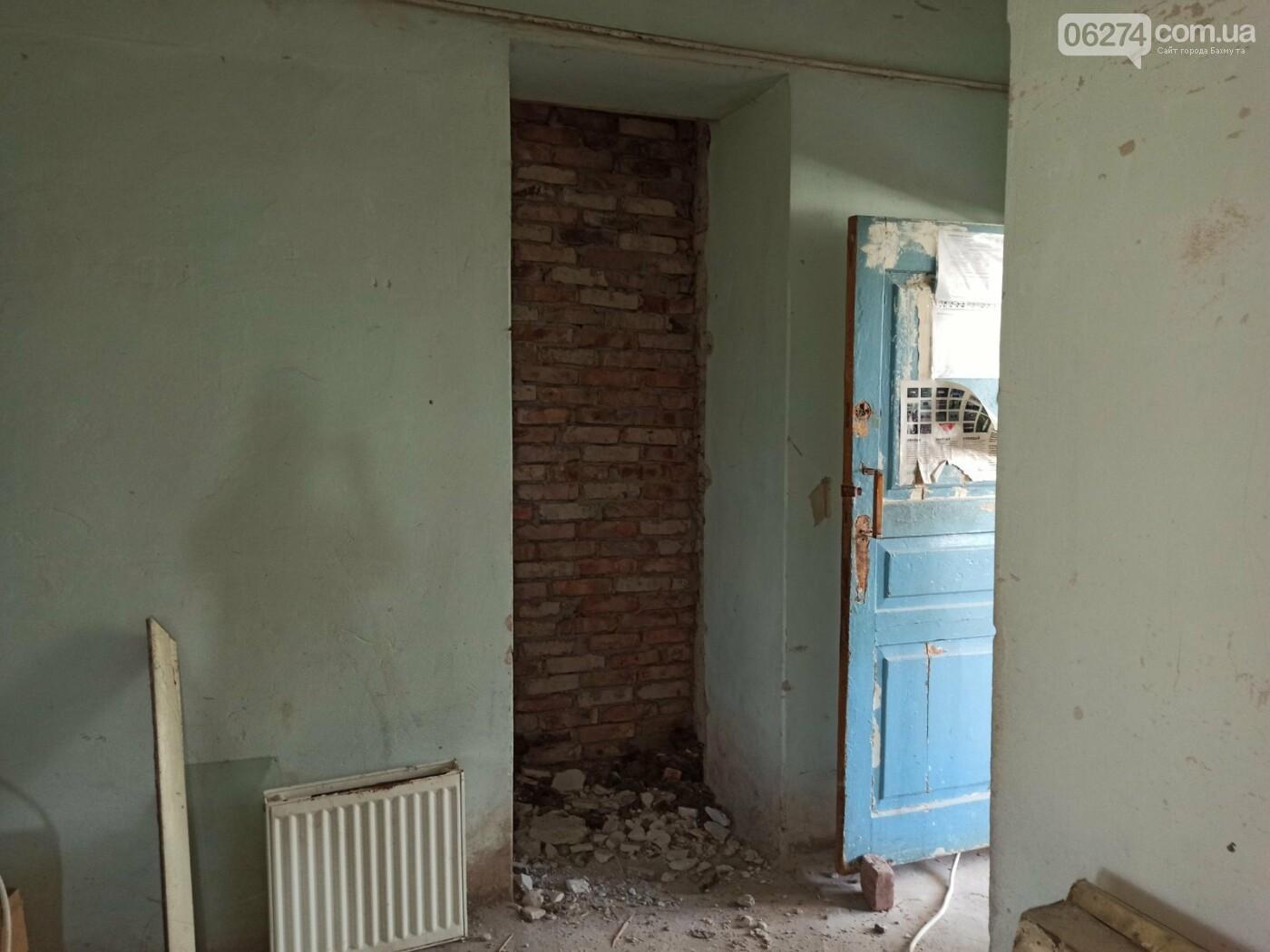 В Бахмуте начали ремонт в патологоанатомическом отделении (ФОТОФАКТ), фото-13