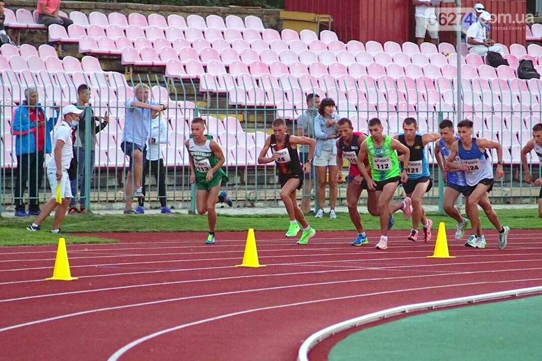 Бахмутчанин Артем Поддубный снова поставил рекорд на забеге в Луцке, фото-1