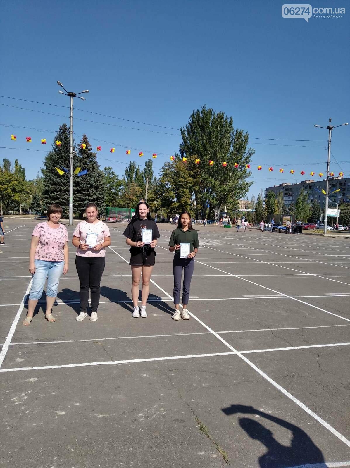 В Дружковке состоялся открытый чемпионат по спортивному ориентированию на дистанциях городского спринта, фото-3