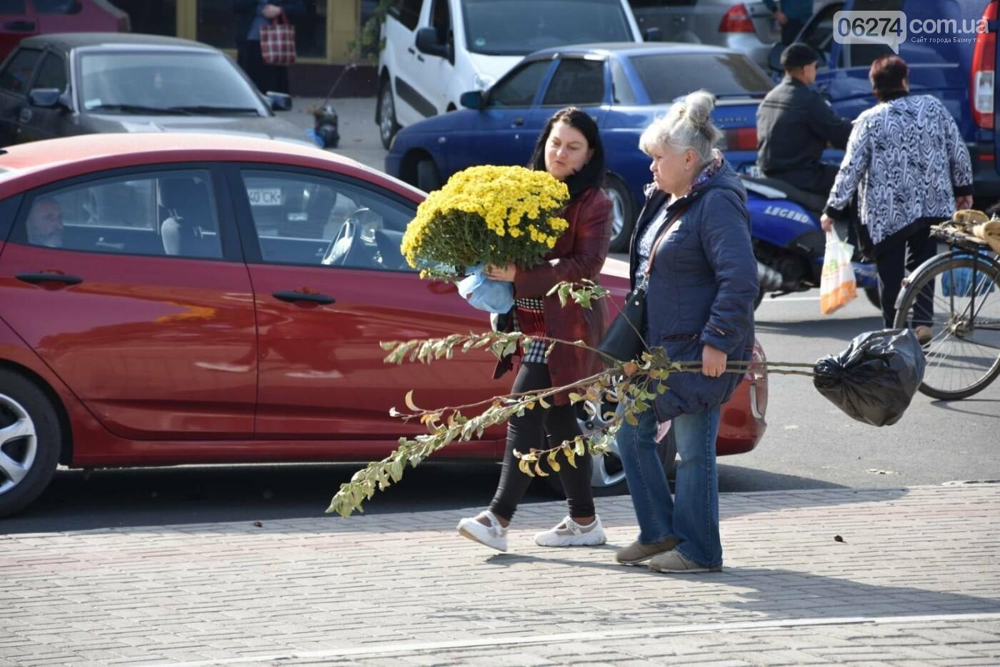 На выходных в Бахмуте состоялась ярмарка «День садовода», фото-5