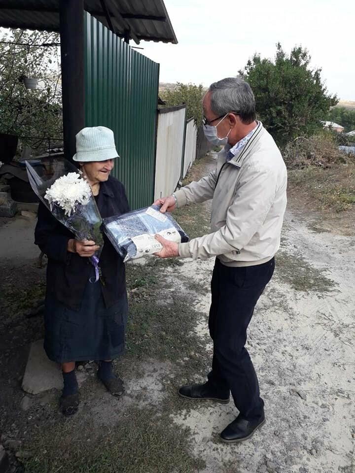 Пожилые люди Бахмутской ОТГ получили материальную помощь , фото-5