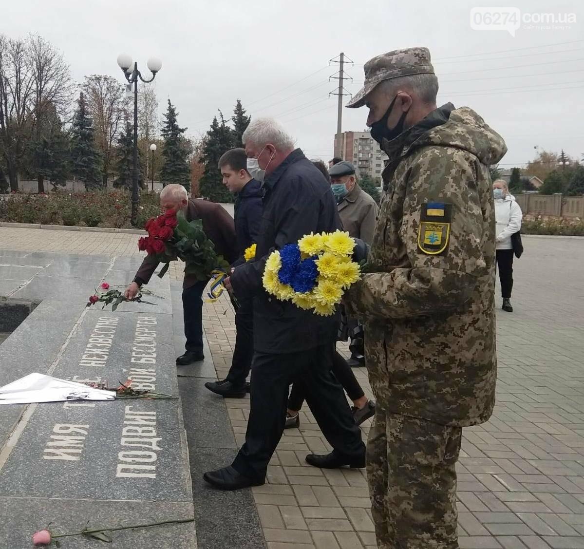 В Бахмуте отметили 76-ю годовщину освобождения Украины от нацистов, фото-3