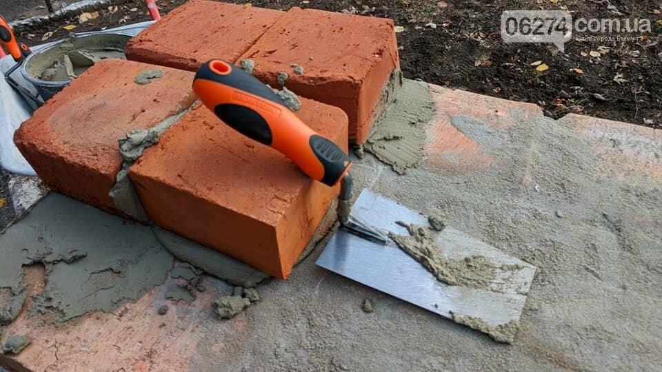 В Бахмуте заложили камень для строительства отделения неотложной помощи, фото-4