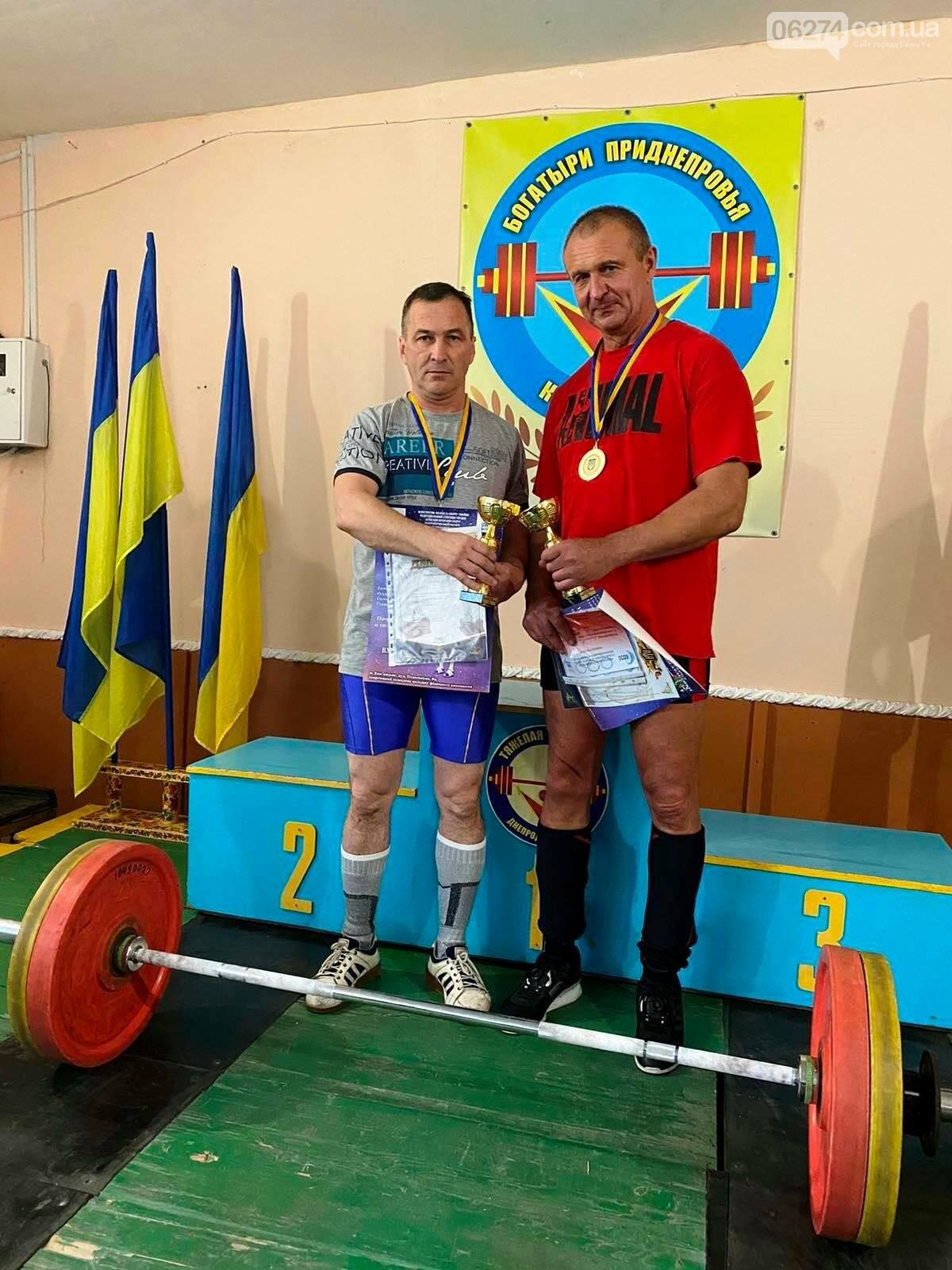 Тяжелоатлеты Бахмута стали призерами чемпионата Украины среди ветеранов, фото-6