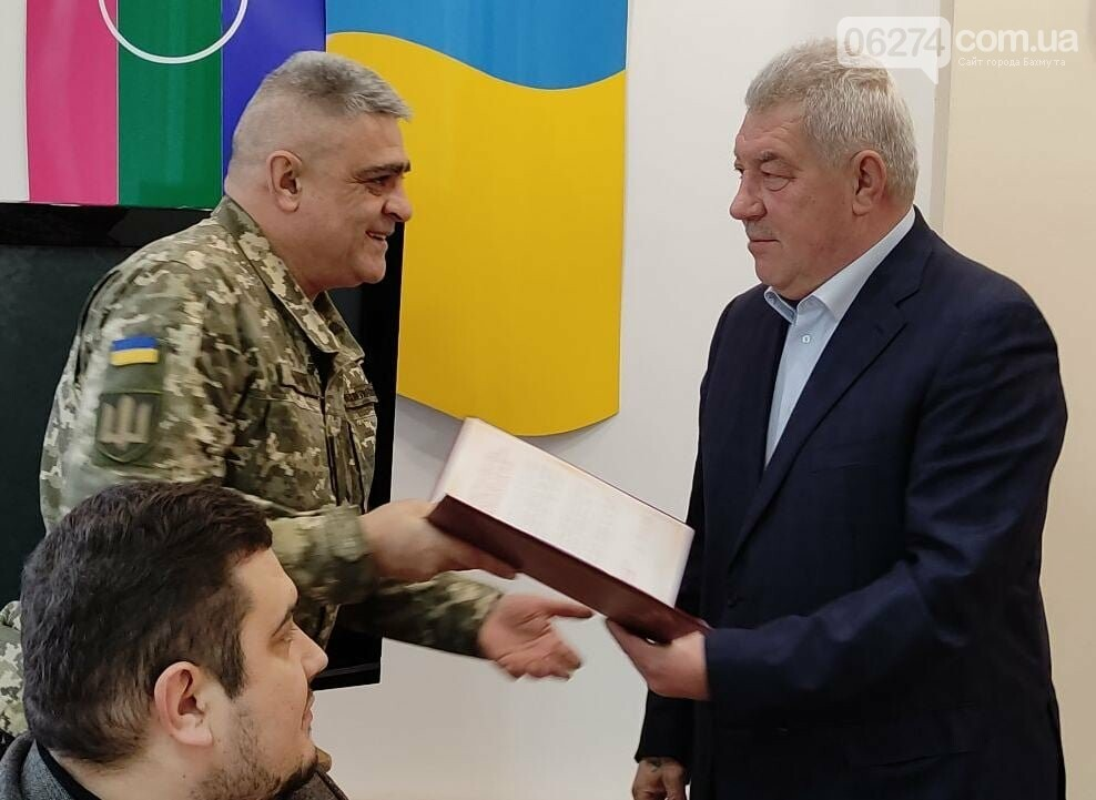 В Бахмуте поздравили военнослужащих Вооруженных Сил Украины, фото-4