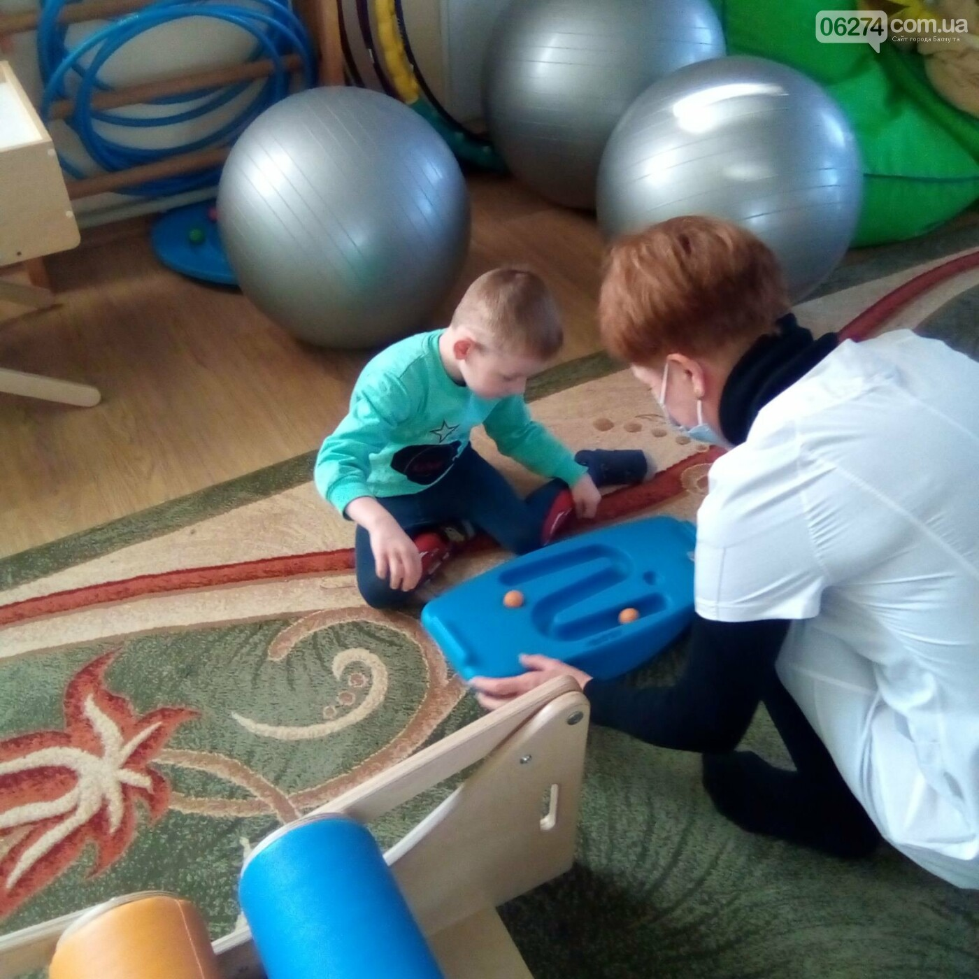 В Бахмутской больнице появилась сенсорная комната для детей, фото-3