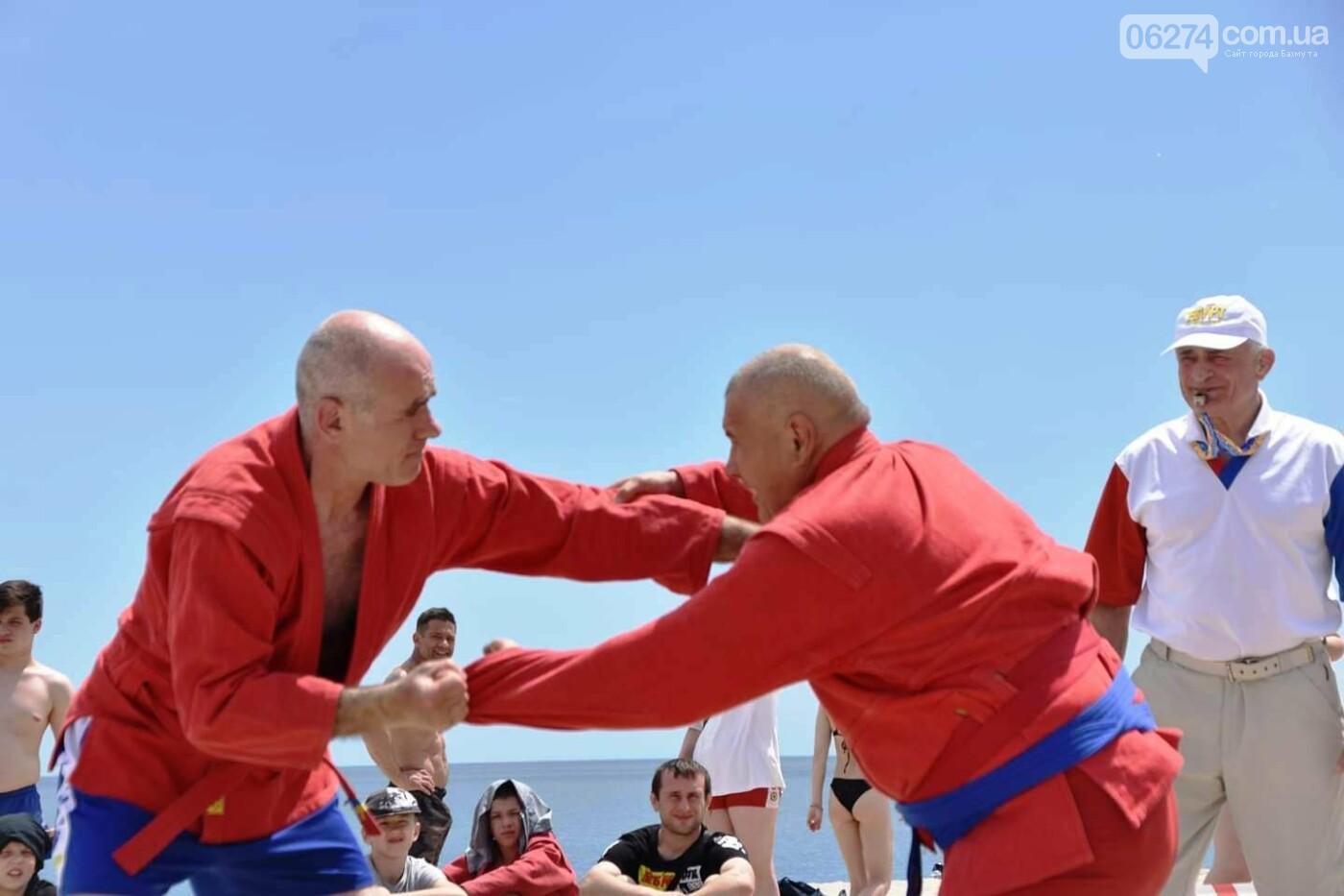 Бахмутчане успешно выступили на Чемпионате Украины по пляжному самбо, фото-1