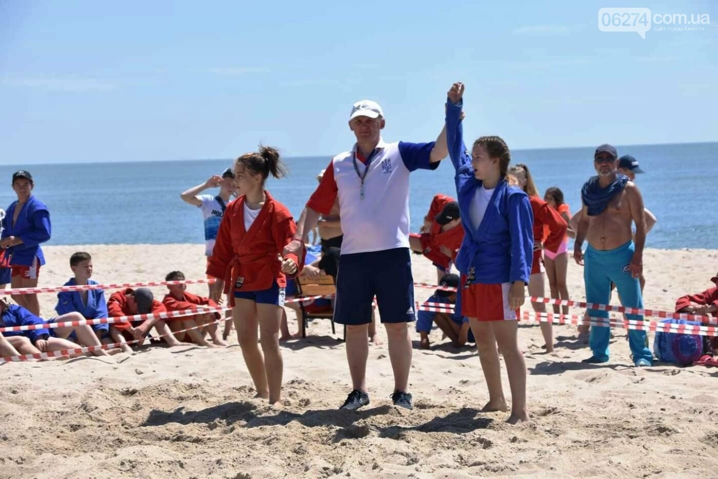 Бахмутчане успешно выступили на Чемпионате Украины по пляжному самбо, фото-2