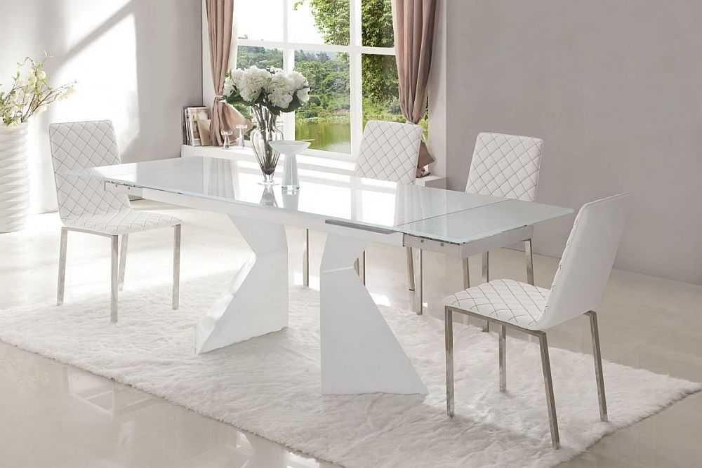 Стеклянный стол: виды, особенности и преимущества, фото-1